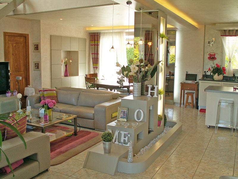 Réaménagement intérieur, décoration en style contemporain ...